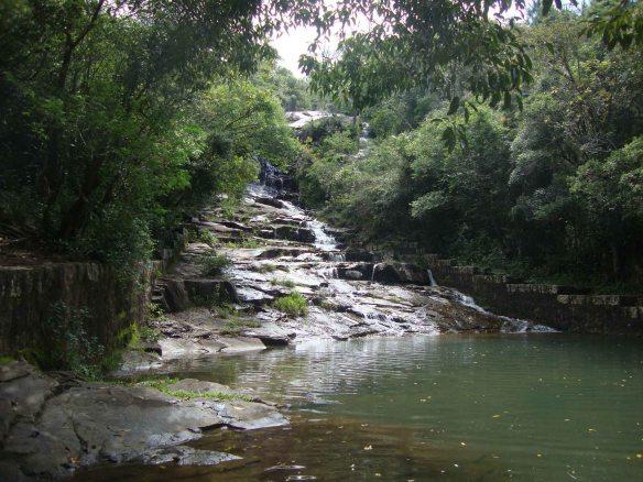 Cachoeira na costa da Lagoa