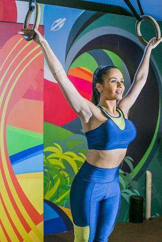 Moda fitness tem telas para um jogo de esconde e revela. Foto: Micael Oliveira, divulgação